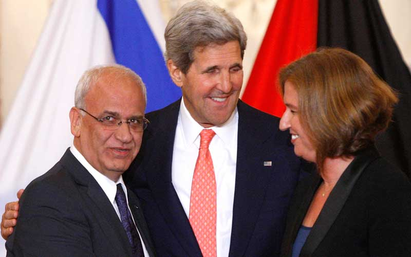 Palestinians chief negotiator Saeb Erekat, U.S. Secretary of State John Kerry and Israeli Justice Minister Tzipi Livni